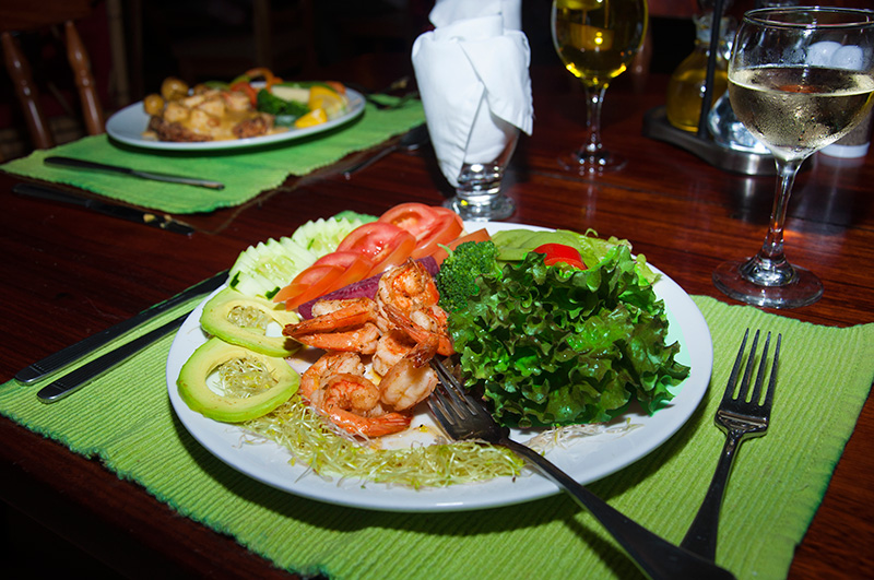 Dining in Drake Bay, Osa Peninsula - Pirate Cove